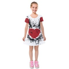 Wings Of Heart Illustration Kids  Short Sleeve Velvet Dress