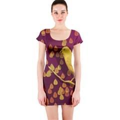 Bird Design Wall Golden Color Short Sleeve Bodycon Dress