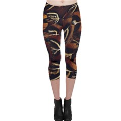 Feathers Bird Black Capri Leggings
