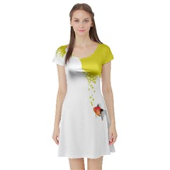 Fish Underwater Yellow White Short Sleeve Skater Dress