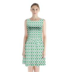 Crown King Triangle Plaid Wave Green White Sleeveless Chiffon Waist Tie Dress