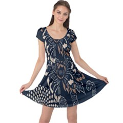 Patterns Dark Shape Surface Cap Sleeve Dresses