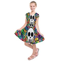 Skull Background Bright Multi Colored Kids  Short Sleeve Dress
