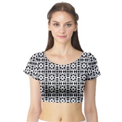 Pattern Short Sleeve Crop Top (Tight Fit)