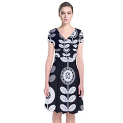 Floral Pattern Seamless Background Short Sleeve Front Wrap Dress
