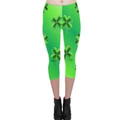 Shamrock Green Pattern Design Capri Leggings