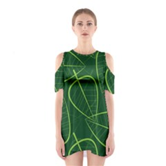 Vector Seamless Green Leaf Pattern Shoulder Cutout One Piece
