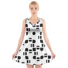 Black And White Pattern V Neck Sleeveless Skater Dress