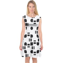 Black And White Pattern Capsleeve Midi Dress
