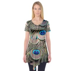 Colorful Peacock Feathers Background Short Sleeve Tunic