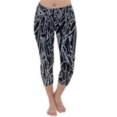 Gray Background Pattern Capri Winter Leggings