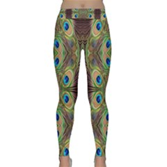 Beautiful Peacock Feathers Seamless Abstract Wallpaper Background Classic Yoga Leggings