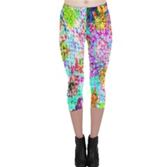 Bright Rainbow Background Capri Leggings