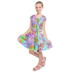 Bright Rainbow Background Kids  Short Sleeve Dress