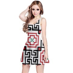 Vintage Style Seamless Black, White And Red Tile Pattern Wallpaper Background Reversible Sleeveless Dress