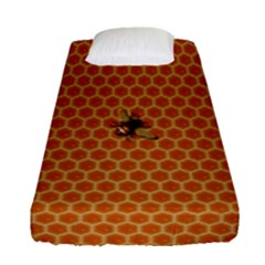 The Lonely Bee Fitted Sheet (single Size)