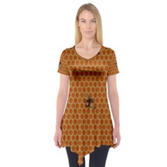 The Lonely Bee Short Sleeve Tunic