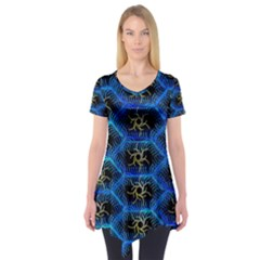 Blue Bee Hive Pattern Short Sleeve Tunic