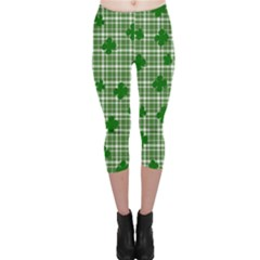 St. Patrick s day pattern Capri Leggings