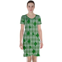 St. Patrick s day pattern Short Sleeve Nightdress