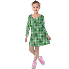 St. Patrick s day pattern Kids  Long Sleeve Velvet Dress