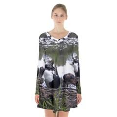 Treeing Walker Coonhound In Water Long Sleeve Velvet V-neck Dress