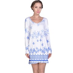 Blue And White Floral Background Long Sleeve Nightdress