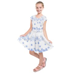 Blue And White Floral Background Kids  Short Sleeve Dress