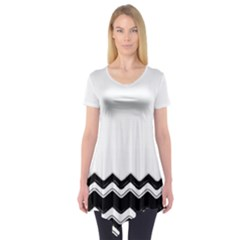 Chevrons Black Pattern Background Short Sleeve Tunic