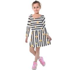 Black Lines And Golden Hearts Pattern Kids  Long Sleeve Velvet Dress