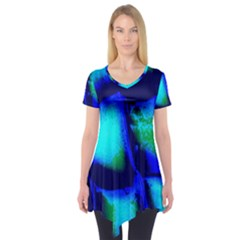 Blue Scales Pattern Background Short Sleeve Tunic