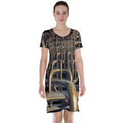 Fractal Image Of Copper Pipes Short Sleeve Nightdress