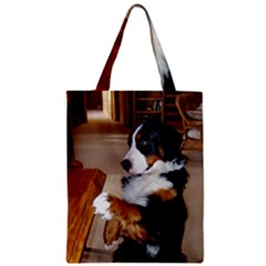 Bernese Mountain Dog Begging Zipper Classic Tote Bag