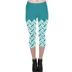 Zigzag pattern in blue tones Capri Leggings