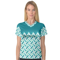 Zigzag pattern in blue tones Women s V-Neck Sport Mesh Tee