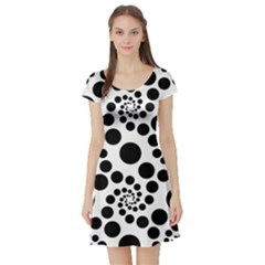 Dot Dots Round Black And White Short Sleeve Skater Dress