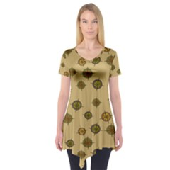 Compass Circle Brown Short Sleeve Tunic