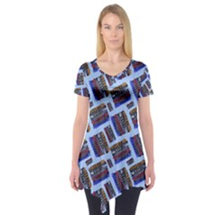 Abstract Pattern Seamless Artwork Short Sleeve Tunic
