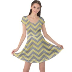 Abstract Vintage Lines Cap Sleeve Dresses