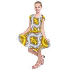 Fractal Background With Golden And Silver Pipes Kids  Short Sleeve Dress