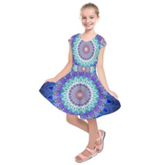 Power Flower Mandala   Blue Cyan Violet Kids  Short Sleeve Dress