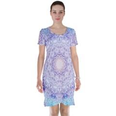 India Mehndi Style Mandala   Cyan Lilac Short Sleeve Nightdress