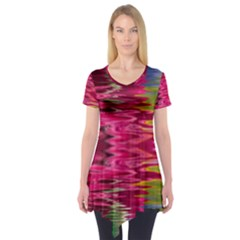 Abstract Pink Colorful Water Background Short Sleeve Tunic