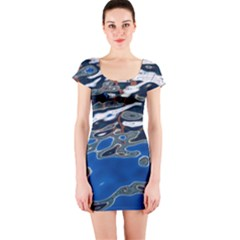 Colorful Reflections In Water Short Sleeve Bodycon Dress