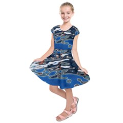 Colorful Reflections In Water Kids  Short Sleeve Dress