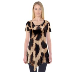 Yellow And Brown Spots On Giraffe Skin Texture Short Sleeve Tunic