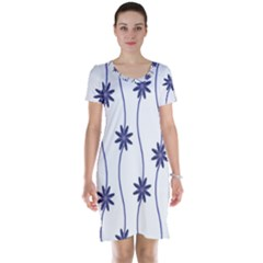 Geometric Flower Seamless Repeating Pattern With Curvy Lines Short Sleeve Nightdress