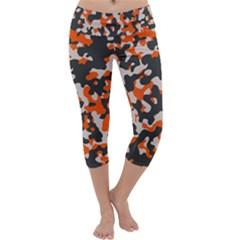 Camouflage Texture Patterns Capri Yoga Leggings