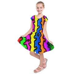 Digitally Created Abstract Squiggle Stripes Kids  Short Sleeve Dress