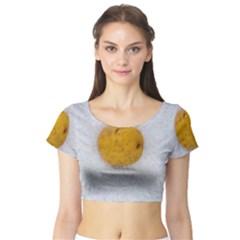 Hintergrund Salzkartoffel Short Sleeve Crop Top (Tight Fit)